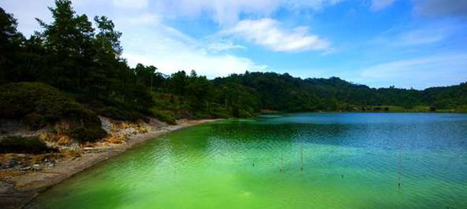 lake linow tomohon x
