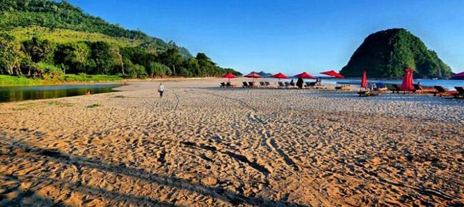 Red Island Beach (Foto: Barry Kusuma)