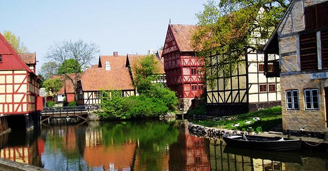 Aarhus (IMG: travel-wonders.com)