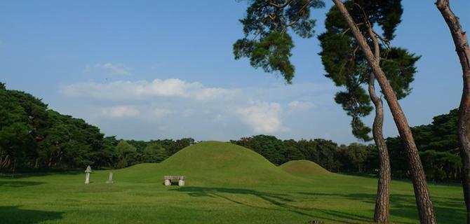 Gyeongju Oreung Royal Tombs (IMG: Visitkorea)