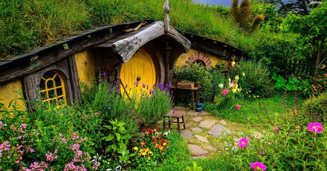 Hobbiton set (IMG: Googlenexusforum.com)