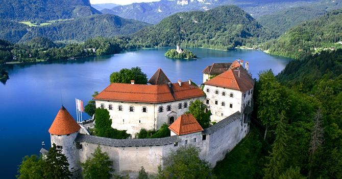 Bled (IMG: candyadriatico.com)
