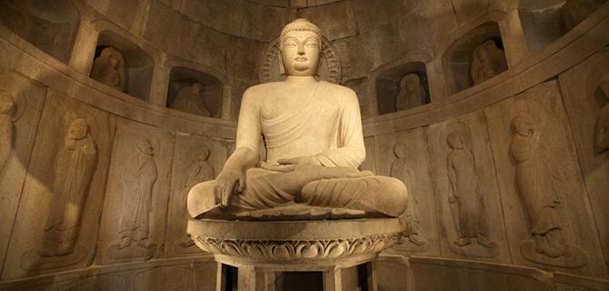 Seokguram Grotto, Buddha (IMG: Korea.net)