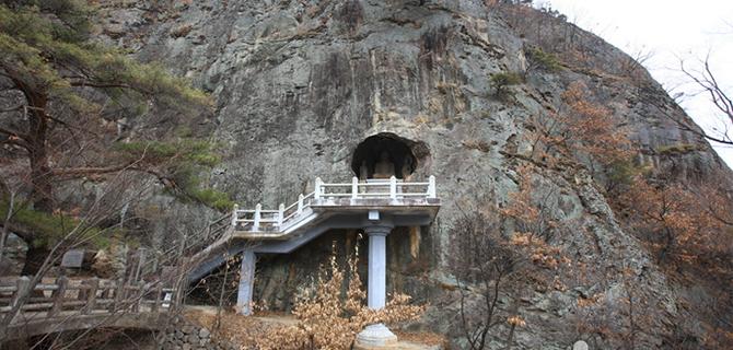 Seokguram Grotto (IMG: Visitkorea)