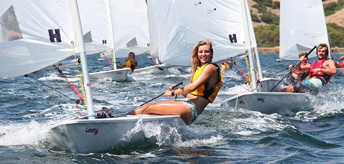 Berlayar dengan dinghies (IMG: Minorca Sailing)