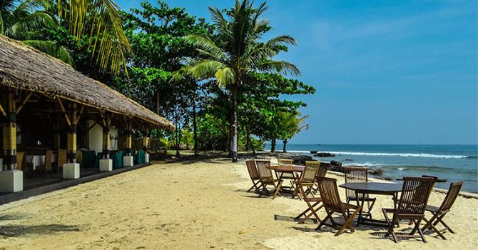Tanjung Lesung (IMG: Initempatwisata.com)