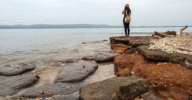 Pantai Batu Pemecahan (IMG: Wira Nurmansyah)