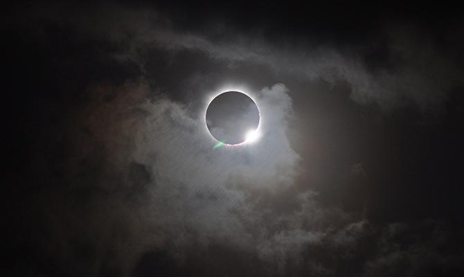 Gerhana matahari total (IMG: NASA)