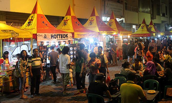 Pasar Semawis (IMG: loperonline)
