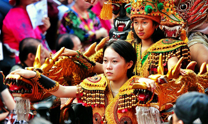Singkawang Cap Go Meh (IMG: Indonesia Travel)