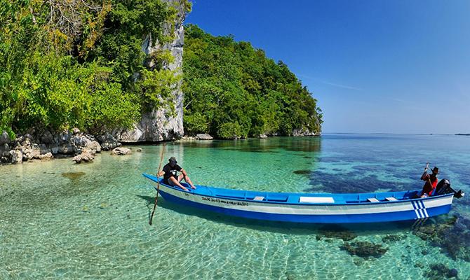 Indahnya pantai Ora (IMG: telusurindonesia)
