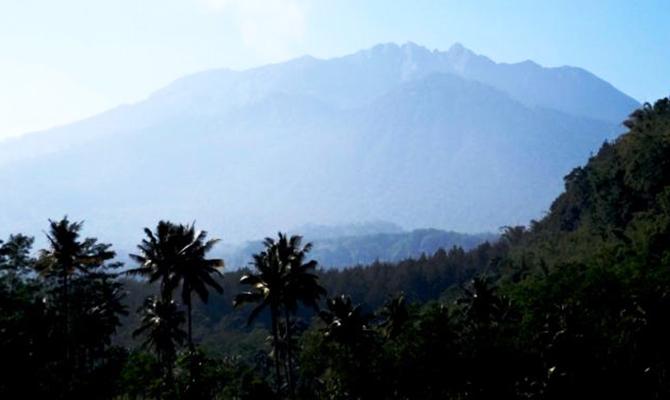 Gunung Raung (IMG: Kompas)