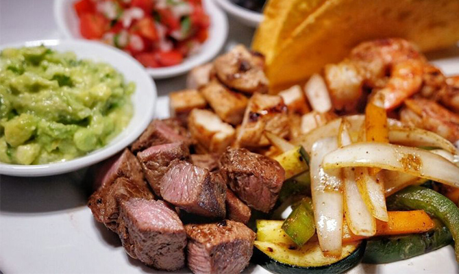 Fajitas via Honeycombers